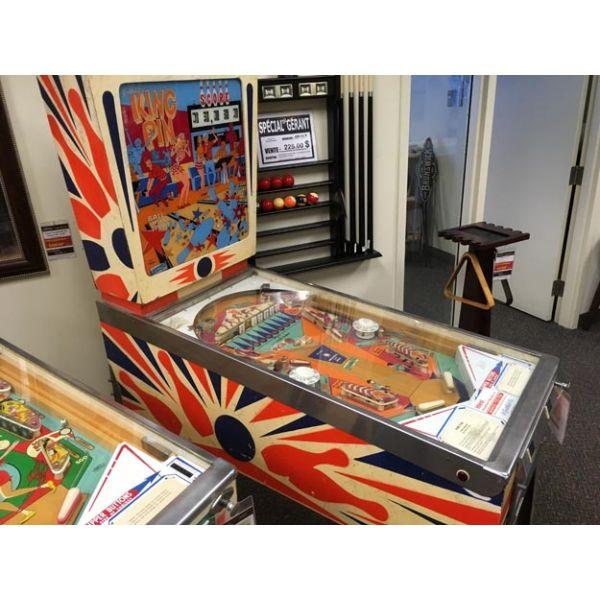 Rare antique vintage EM Gottlieb King Pin 1973 flipper arcade pinball machine - pic4