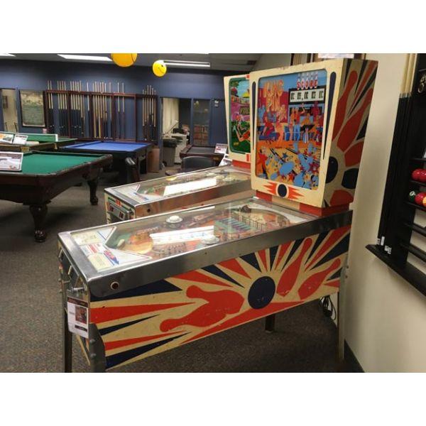 Rare antique vintage EM Gottlieb King Pin 1973 flipper arcade pinball machine – pic7