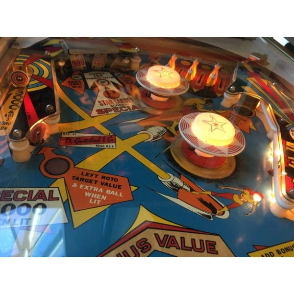Gottlieb Super Spin pinball machine 1977 classic rare antique in very good condition - image 8